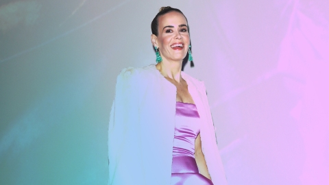 Sarah Paulson Wore More Iconic Coats in 2 Days Than We Have in a Lifetime | StyleCaster