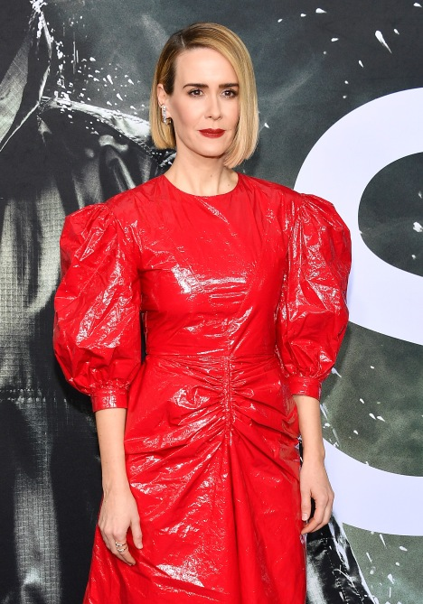 gettyimages 1094724680 Sarah Paulson Wore a Puffy Sleeve Red Dress, and Now I Want One, Too