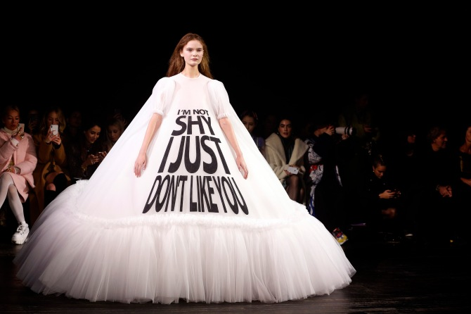 gettyimages 1098420898 Viktor & Rolf's Paris Couture Show Was Basically Just a Bunch of Memes