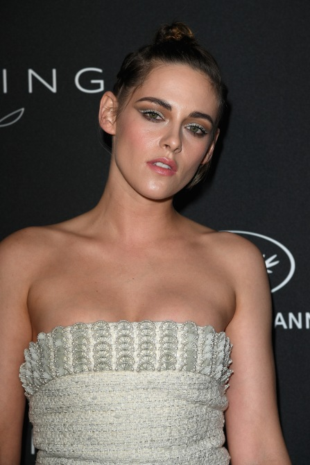 gettyimages 958152382 Of Course Kristen Stewarts Monochrome Fashion Beauty Hybrid is Flawless