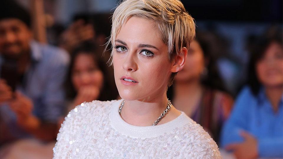 Of Course Kristen Stewart's Monochrome Fashion-Beauty Hybrid is Flawless