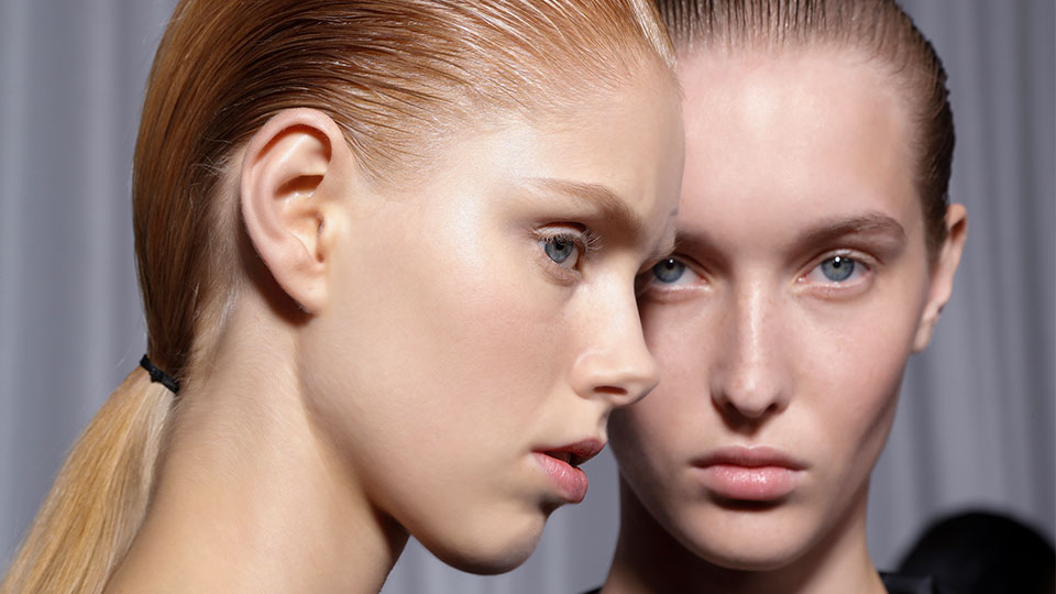 How to Not Go Overboard With Acid Products In Your Skin Care Routine