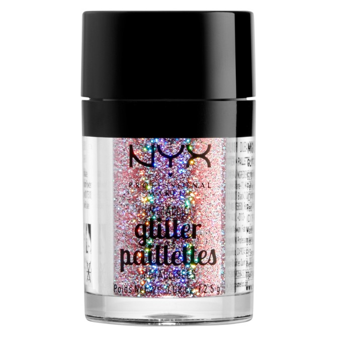 nyx glitter stylecaster Givenchy's Spring 2019 Couture Runway is Proof You Can Never Wear Enough Glitter