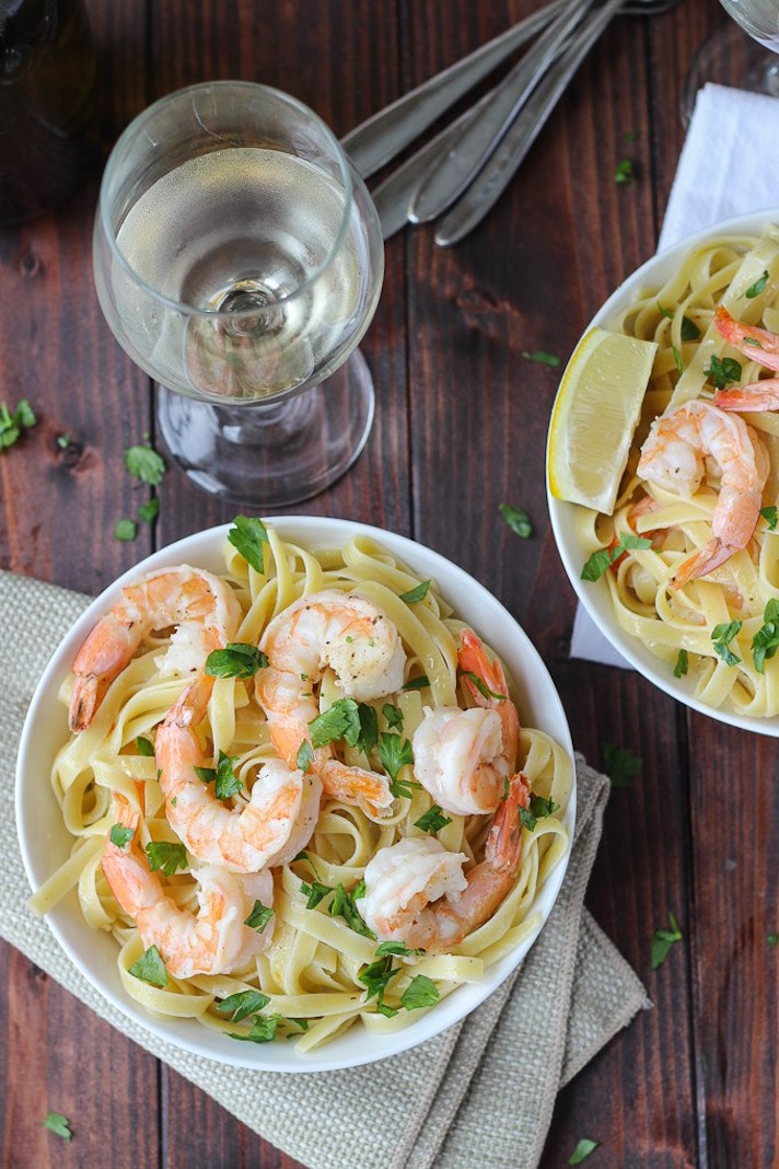 STYLECASTER | 17 Fancy Date Night Dinners That Are Actually Super Easy | Shrimp Scampi