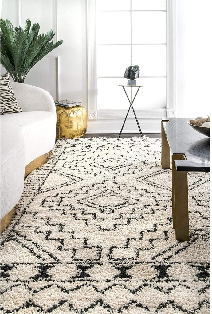 STYLECASTER | boho rug | bohemian bedroom decor