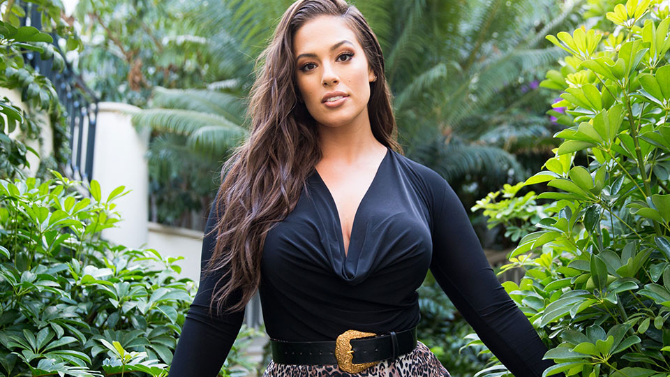 Ashley Graham Debuts a Chic Bob—But There's a Catch
