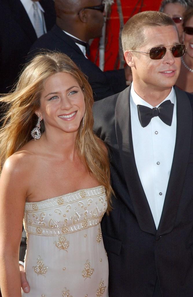 brad pitt jennifer ainston 2004 Jennifer Aniston & Brad Pitt Had an Intense Talk About Angelina Jolie Before Being Friends Again