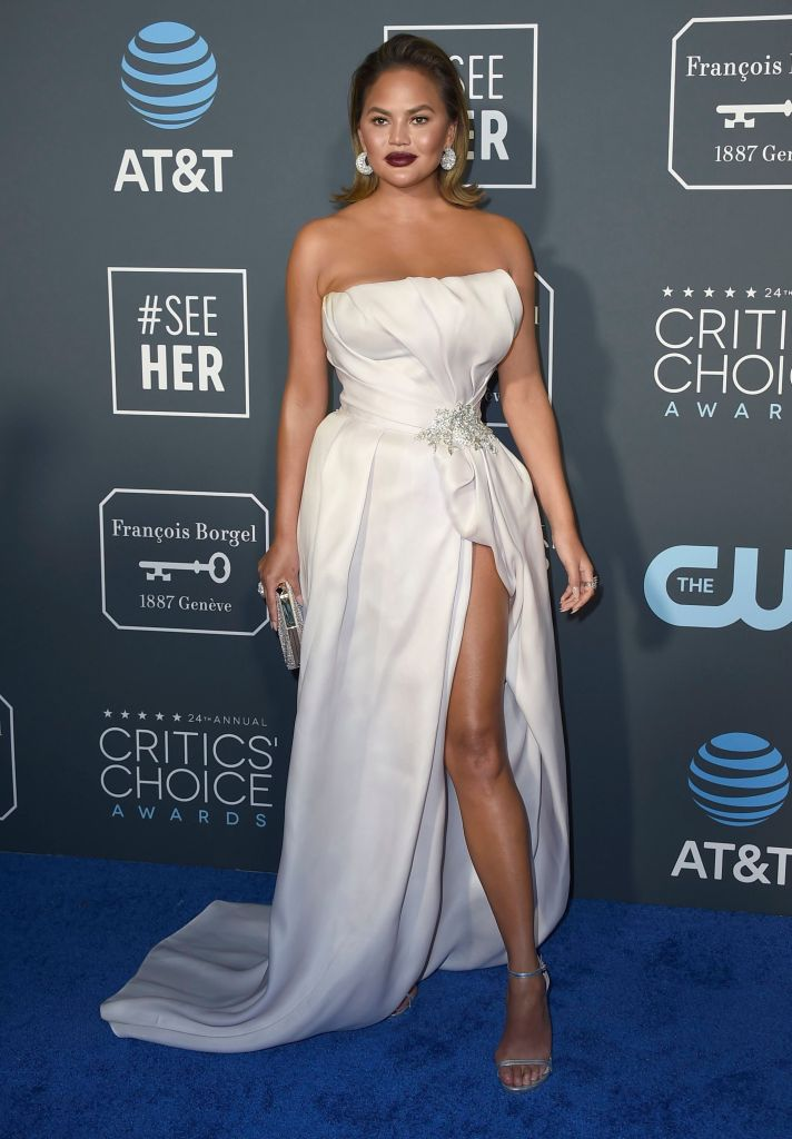 chrissy teigen critics choice awards 2019 Young Chrissy Teigen Is Selena Gomezs Doppelgänger in This Throwback