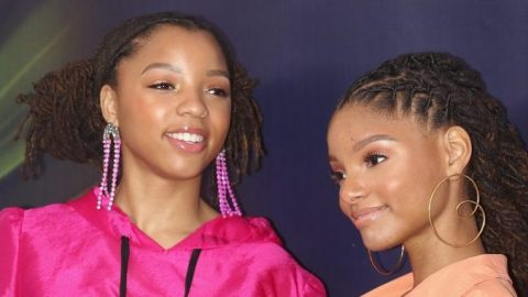 Chloe x Halle Take Up Space With Their Grammy Dresses & We're Here For It   StyleCaster