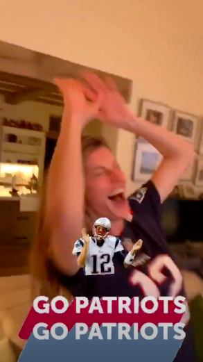 gisele bundchen super bowl story Fans Are Going Wild for Tom Brady & Gisele Bündchen at Super Bowl VIII