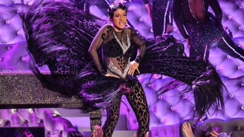 Cardi B Had a Wardrobe Malfunction at the Grammys & No One Noticed   StyleCaster