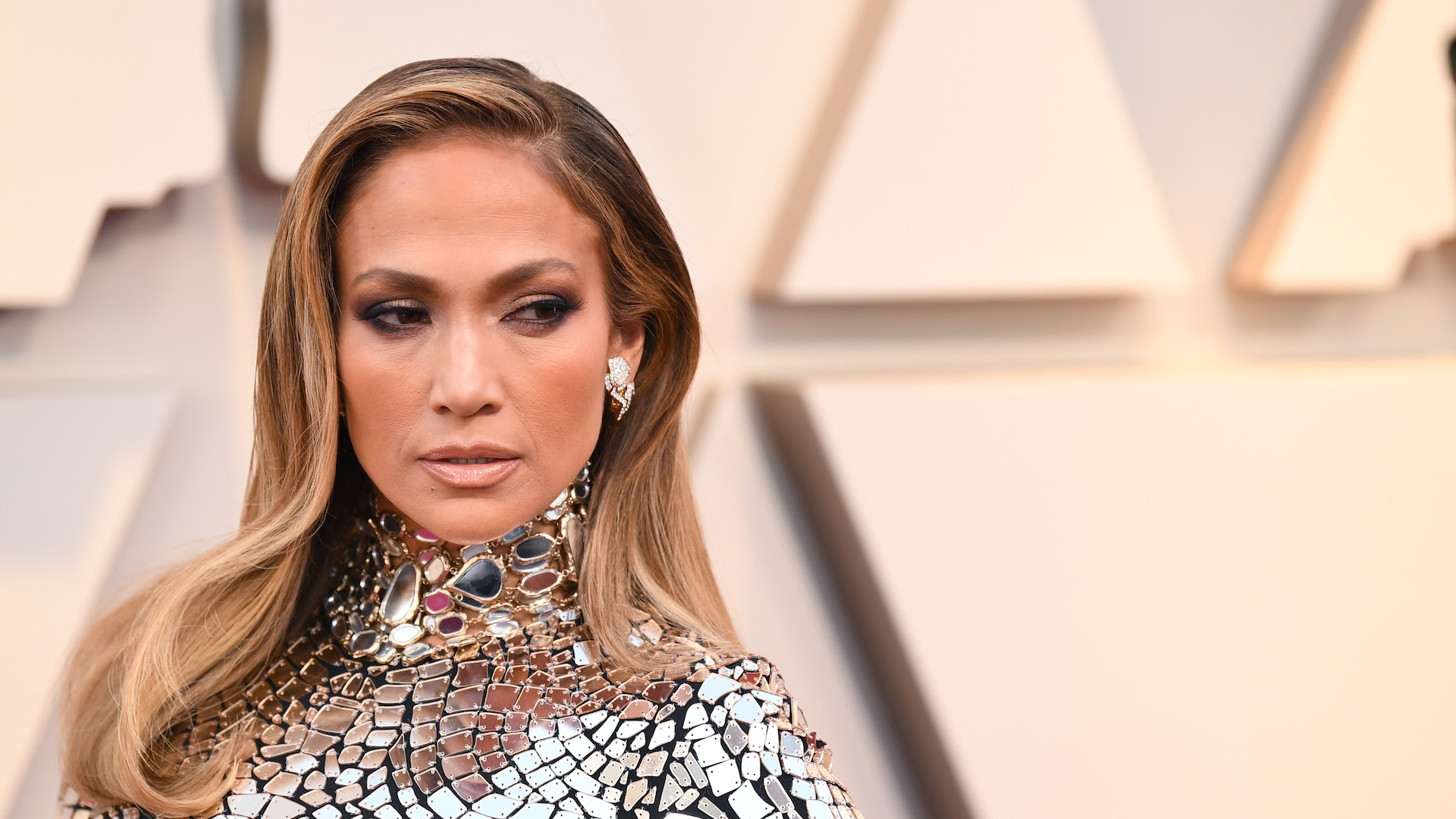 Jennifer Lopez Looked Like a Walking Disco Ball at the Oscars—and Yes, It Was Hot