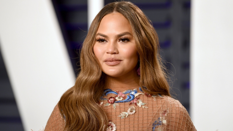 Chrissy Teigen's Shag Haircut Will Probably Be a 2020 Hair Trend