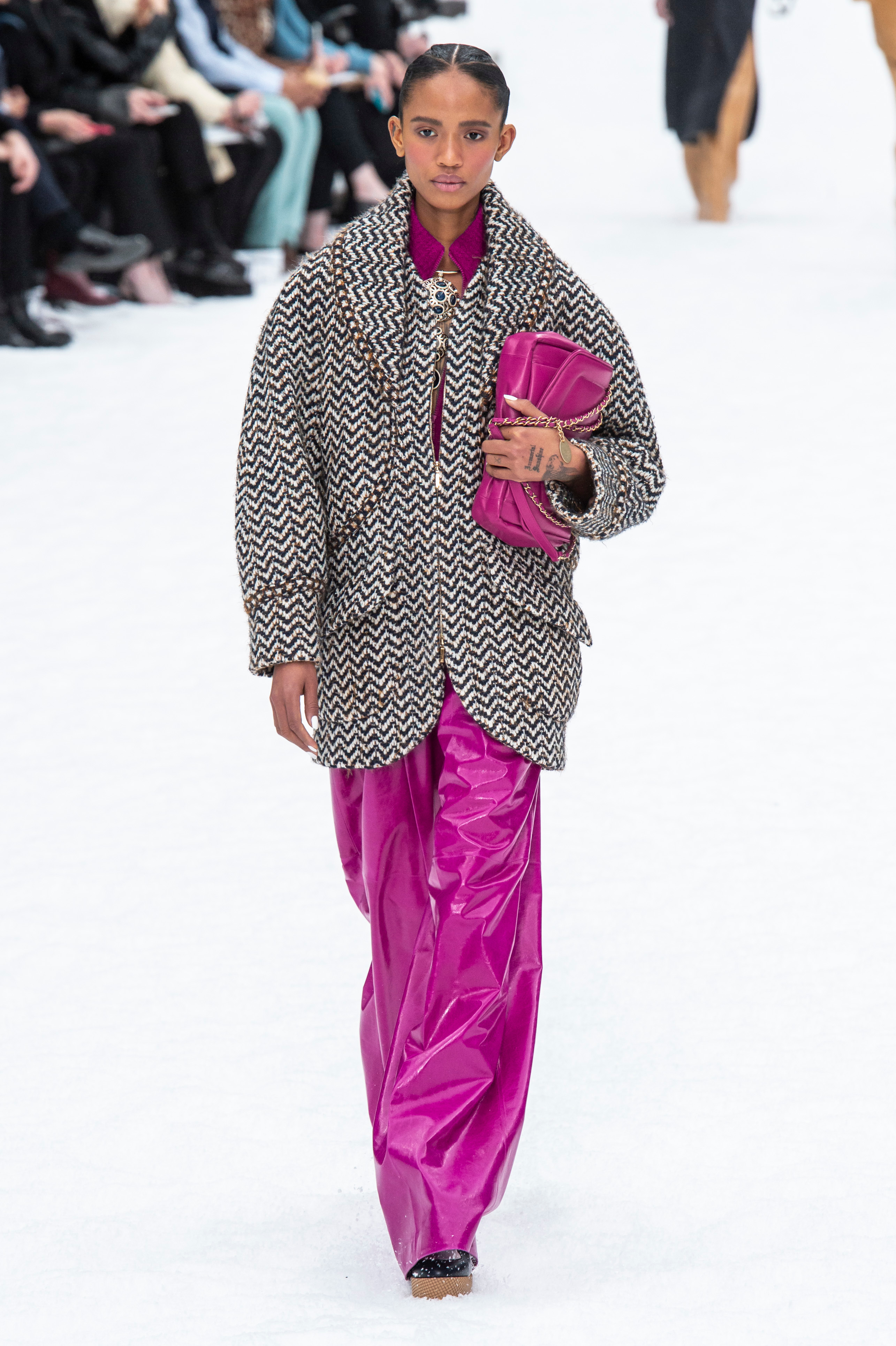 The Best Looks From Chanel Fall Winter 2019 Runway Stylecaster