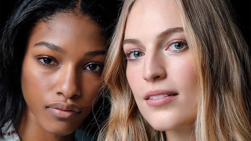 De-tangling Flexi Brushes That Won't Break Your Hair