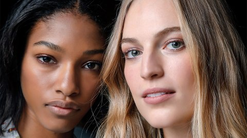 De-tangling Flexi Brushes That Won't Break Your Hair | StyleCaster