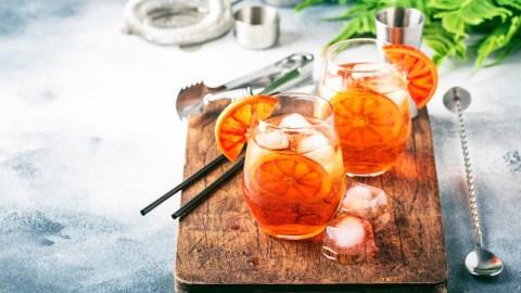 13 Two-Ingredient Cocktails That Still Taste (& Sound) Fancy | StyleCaster
