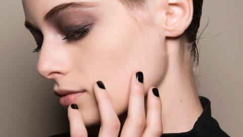 14 Dark Nail Polish Colors for a Moody Spring Aesthetic | StyleCaster