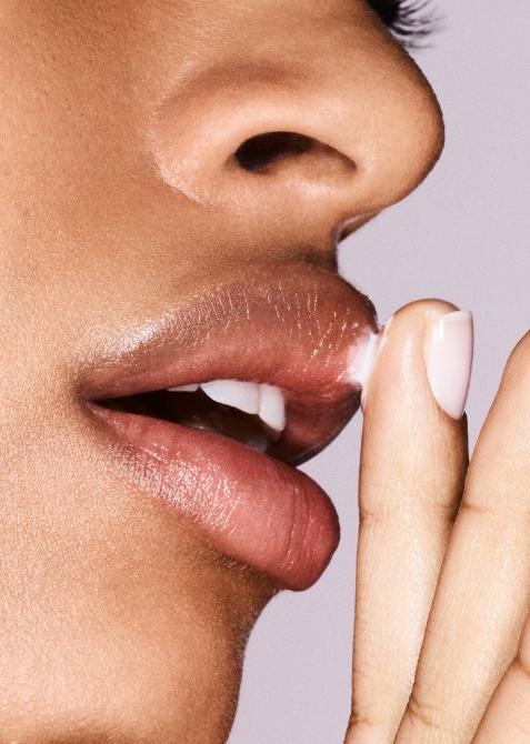 glossier bubblewrap lips