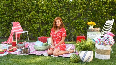 How to Throw the Ultimate Backyard Bash—Without Breaking the Bank | StyleCaster
