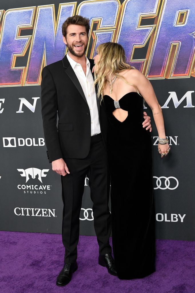 miley cyrus liam hemsworth funny Liam Hemsworth Trolled Miley Cyrus for Their Fight at the Avengers: Endgame Premiere