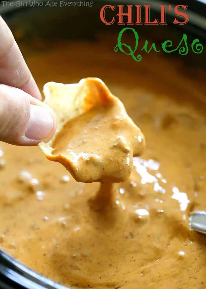 STYLECASTER | 17 Stoner Snacks You Can Actually Whip Up in the Slow-Cooker | Copycat Chili's Queso