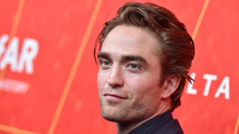 "Robert Pattinson Is Allegedly Going to Play Batman & Now ""Battinson"" Is A Thing 