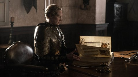 8 Burning Questions the 'Game Of Thrones' Finale Didn't Answer | StyleCaster