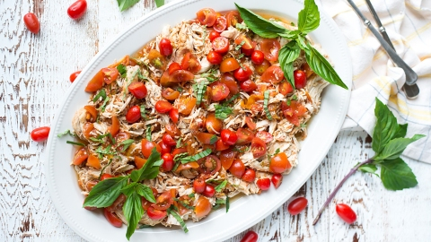 17 Healthy Slow-Cooker Recipes to Add to Your Summer Arsenal | StyleCaster
