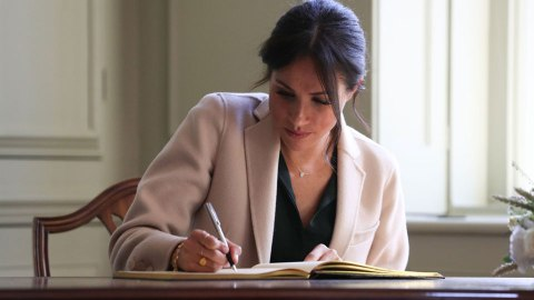 Meghan Markle's Stunning Handwriting Reveals A Lot About Her Personality | StyleCaster
