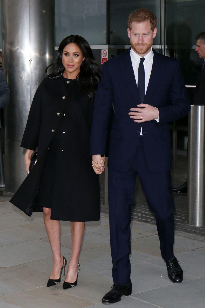 prince harry meghan markle Meghan Markle & Prince Harry Just Unfollowed the Royal Family on Instagram