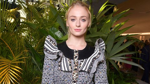 Sophie Turner Fully Lost It When She Found Out 'Game Of Thrones' Was Spoiled In A Poster | StyleCaster