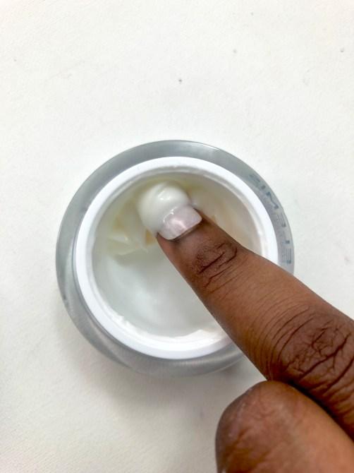 Acrylic-Nail-Hacks-Skincare