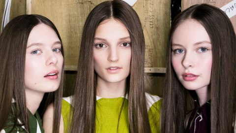 Easy-to-Use Halo Hair Extensions For Adding Length & Volume at Home | StyleCaster