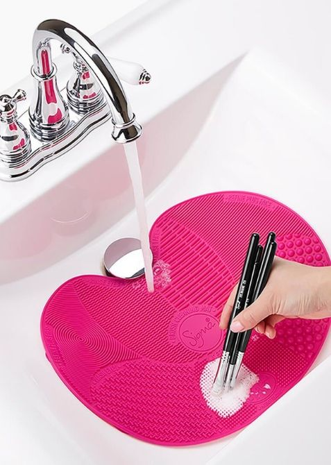 sigma brush mat Sigma Beautys Insane Blowout Sale Is Up to 75 Percent Off