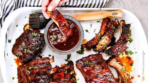 17 Slow-Cooker Ribs to Serve at Your Next Barbecue | StyleCaster
