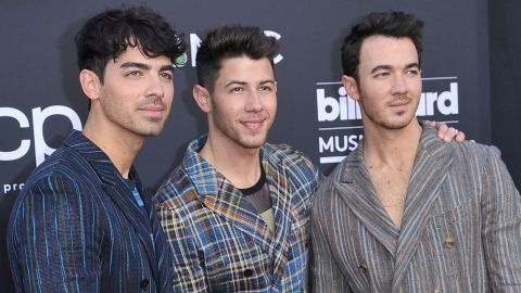 Here's What The Jonas Brothers Will Look Like As Old Men—Thank You Face App | StyleCaster