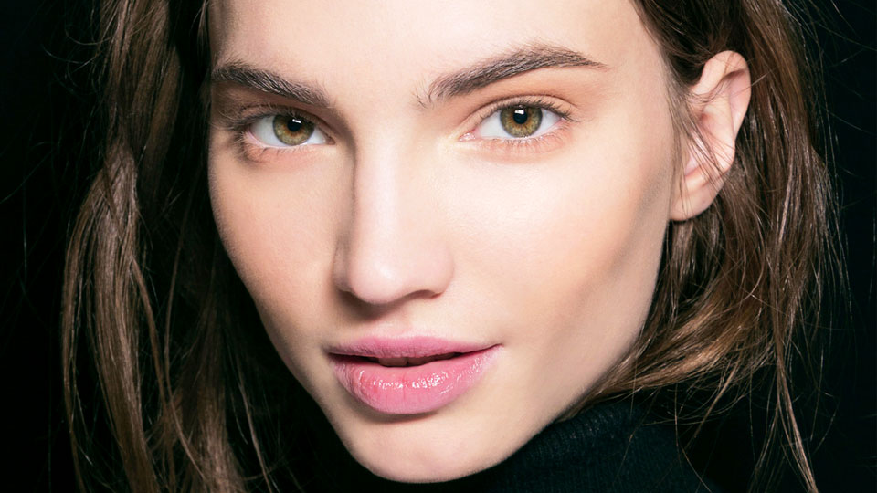 The Best Acne-Fighting Cleansers That Won't Sting Sensitive Skin