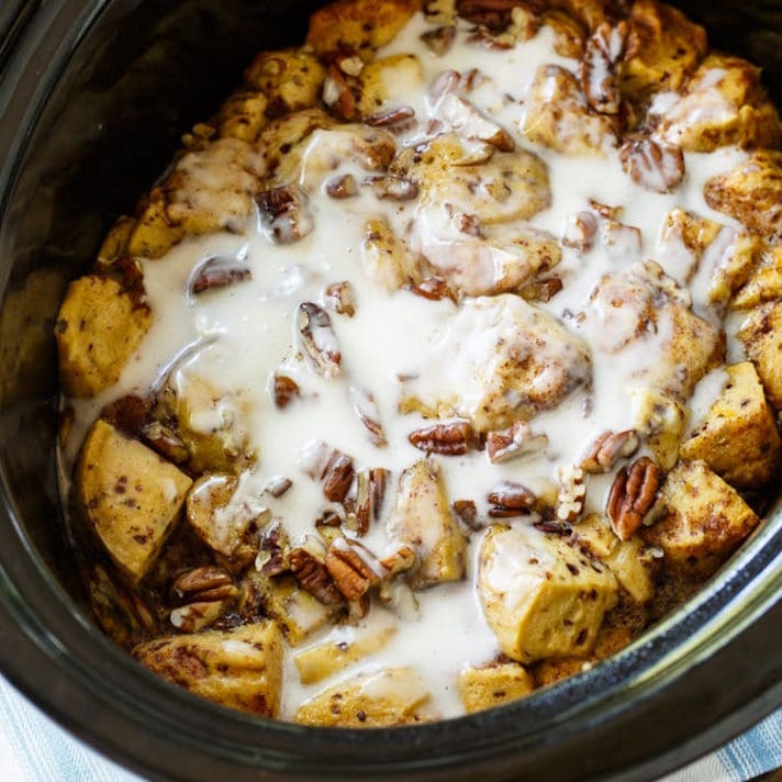STYLECASTER | 17 Slow-Cooker Brunch Recipes Worth Staying In For | Cinnamon Roll Casserole