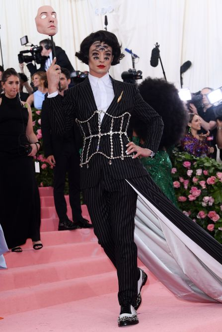 STYLECASTER | Which Iconic Met Gala Look You Are, Based on Your Zodiac Sign
