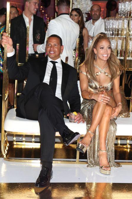 jennifer lopez alex rodriguez partt We Must Discuss Jennifer Lopezs Glorious Birthday Party Photos