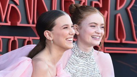Millie Bobby Brown & Sadie Sink Singing 'Frozen' Is Our Favorite Thing Today | StyleCaster