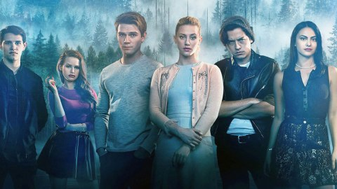 Photos Of The Halloween Episode Of 'Riverdale' Reveal Archie & Cheryl's Costumes | StyleCaster