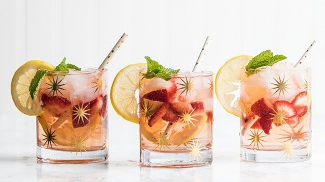 STYLECASTER | Healthy-Ish Summer Spritzer Recipes Sure to Get You Through the End of Summer
