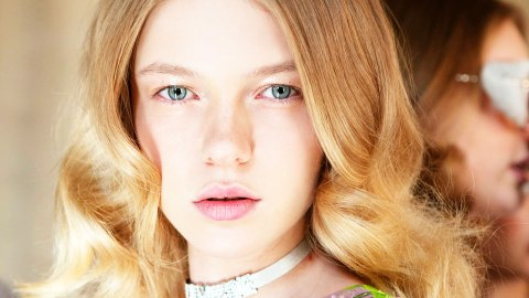 You Apply Serum to Your Face; This is Why You Should to Your Scalp Too | StyleCaster