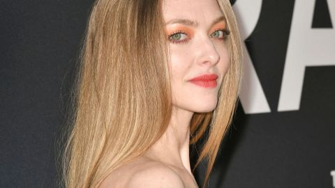 Amanda Seyfried Looks Like a Chihuly Masterpiece In This Lemon Drop Gown | StyleCaster