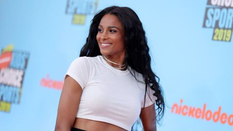 It Looks Like Ciara Is Dropping a Beauty Line | StyleCaster