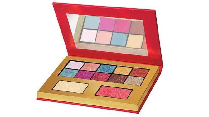 juicy eyeshadow palette Juicy Couture Just Dropped New Makeup and I Feel Like a Teen Again