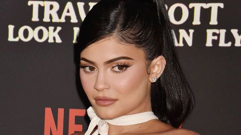 "Kylie Jenner's ""Light Chocolate Brown"" Hair Is Her Most Natural-Looking Yet 