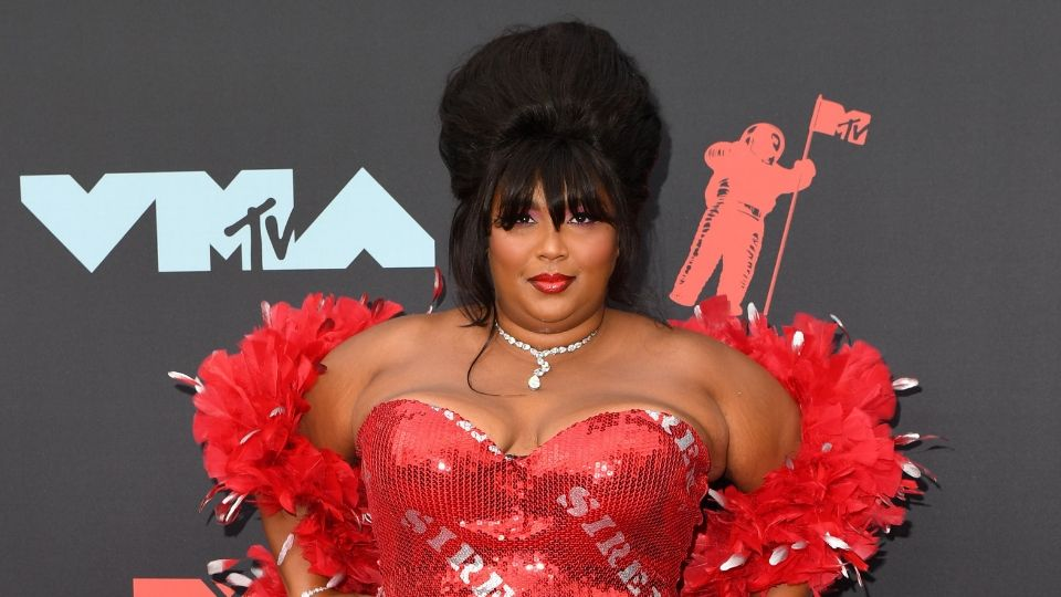 You Might Have Missed Lizzo's Bold VMAs Manicure
